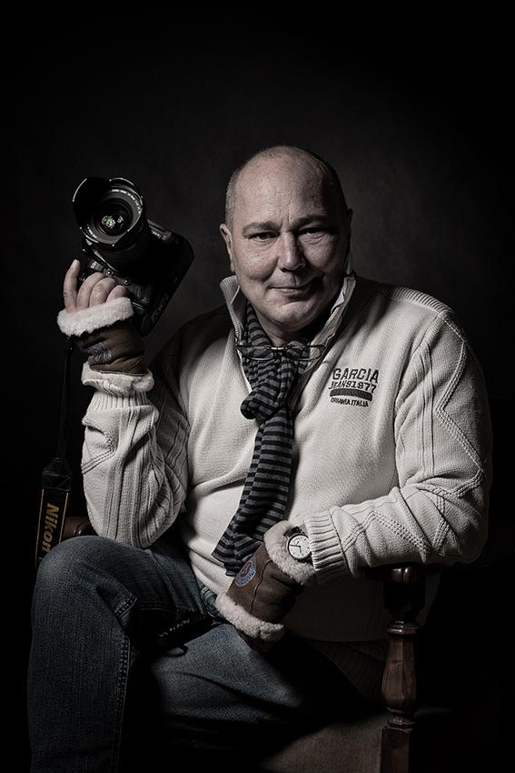 Ihr sympathischer Fotograf und Inhaber des Fotostudios